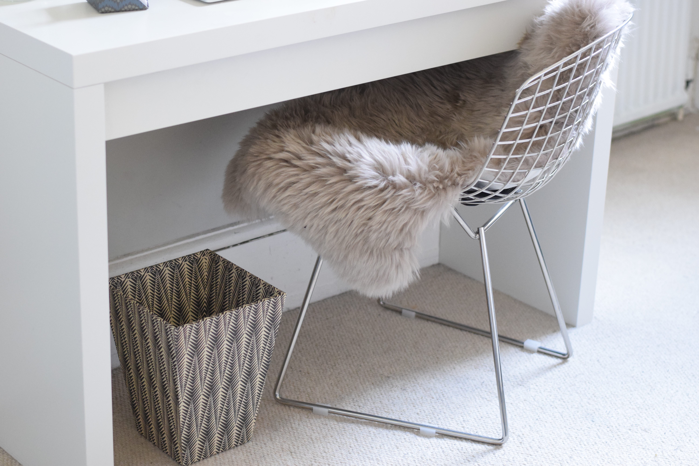 desk decor inspo