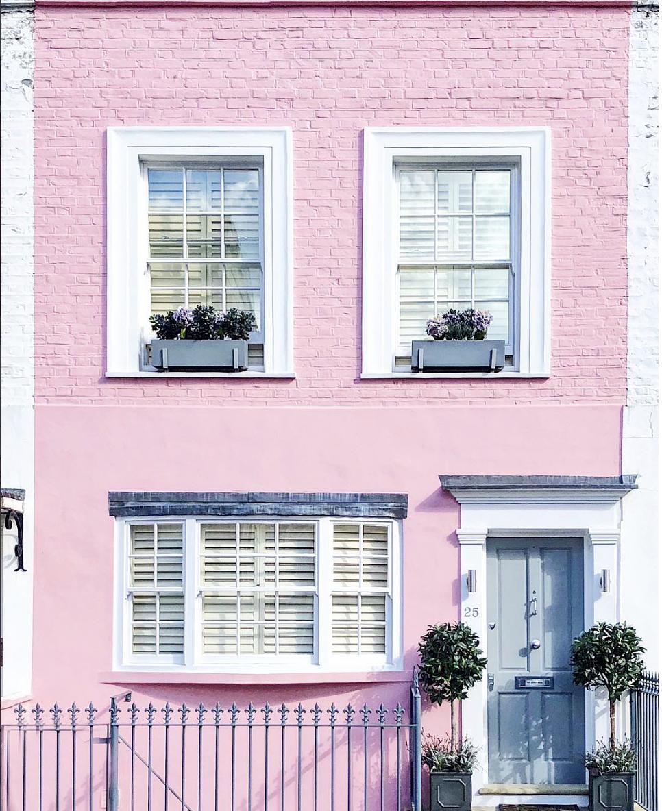best pink instagram accounts