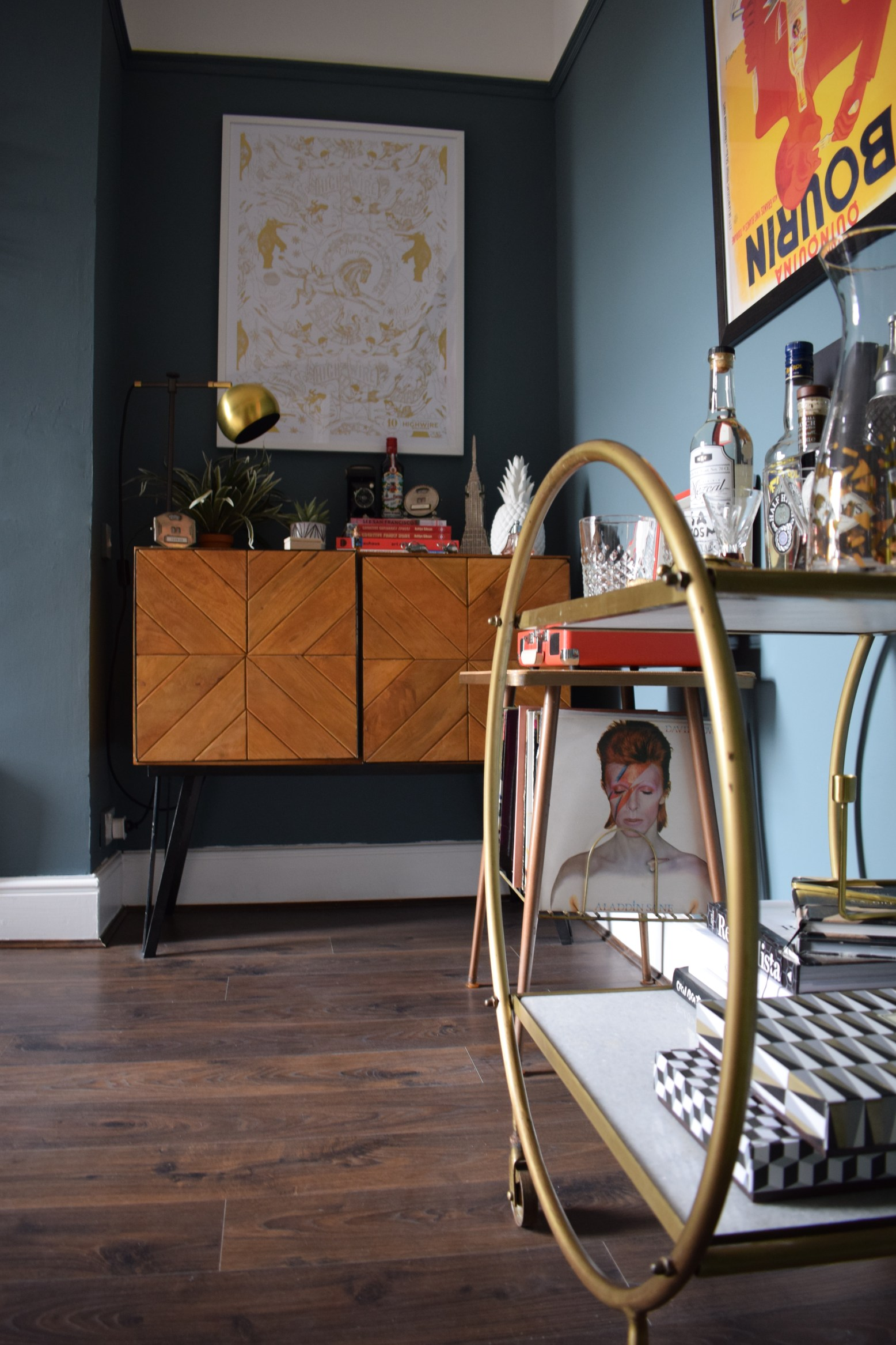 Eclectic-Modern-Bohemian-interior-decor-cocktail-trolley-vintage-record-stand-crossley-chevron-sideboard