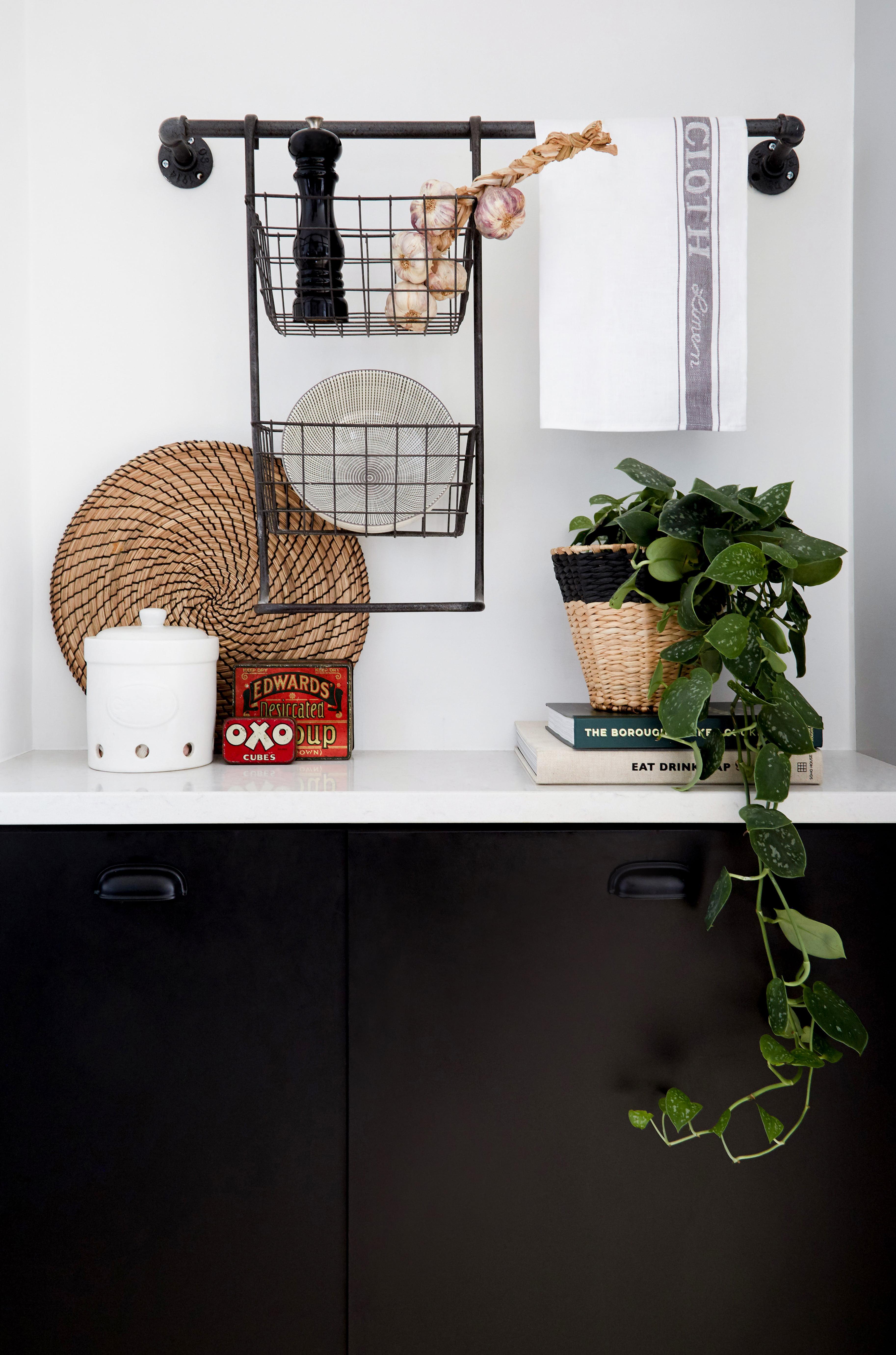 monochrome Ikea kitchen shelving