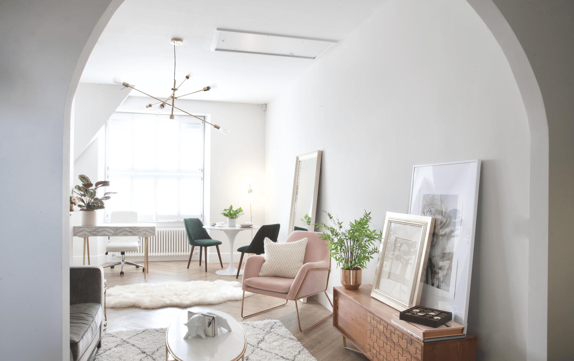 Feminine luxe Chelsea apartment